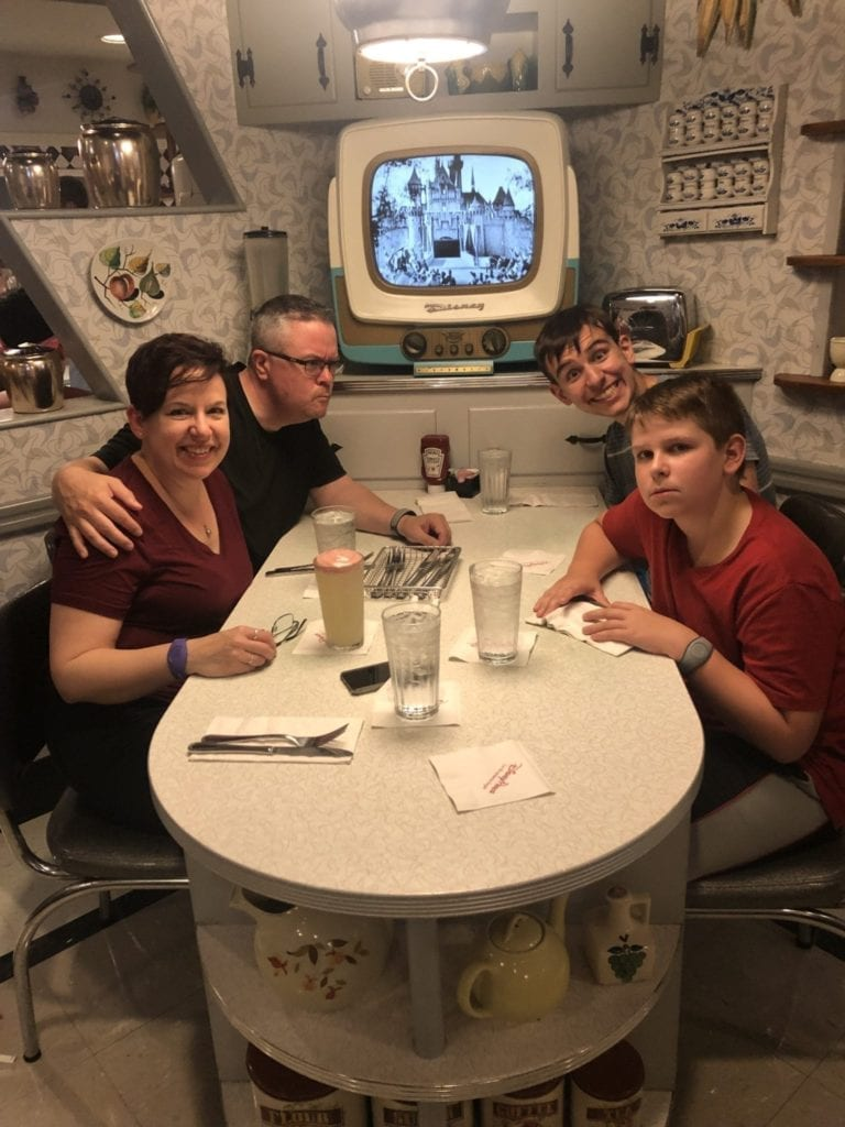 Disney World Vacations 2019 theme parks Hollywood Studios 50's Primetime Diner