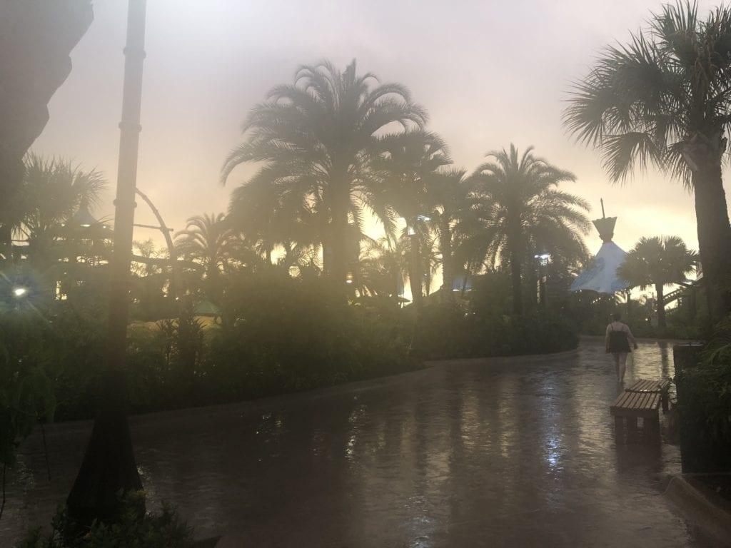 universal volcano bay orlando florida rainstorm